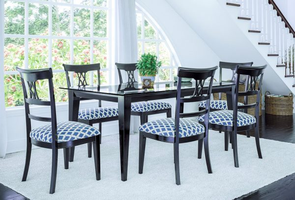 Emma dining table set